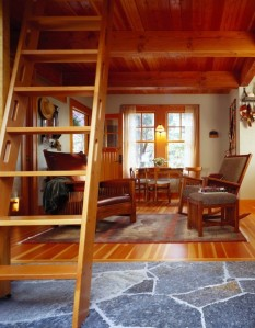 Vandervort--Tiny-and-Detailed-Orcas-Island-Cabin-4-600x768